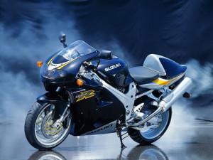 Как купить б/у мотоцикл с рук: критерии выбора по объявлению