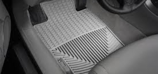 Какие автомобильные коврики лучше выбрать в салон и багажник авто