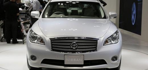 Nissan Fuga (Ниссан Фуга) 2014 потрясающий внешний вид