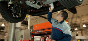 Замена масляного фильтра Форд Фокус 2 своими руками