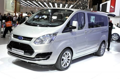 комплектация автомобиля ford tourneo custom