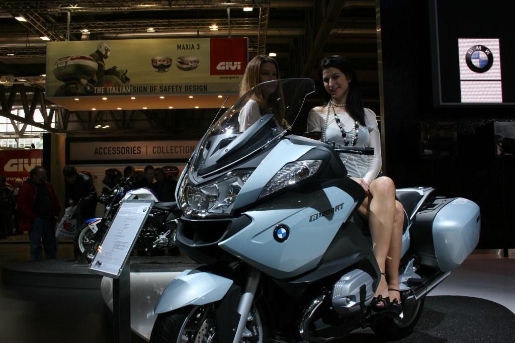 BMW R 1200 RT и Triumph Trophy SE мультитест мотогигантов