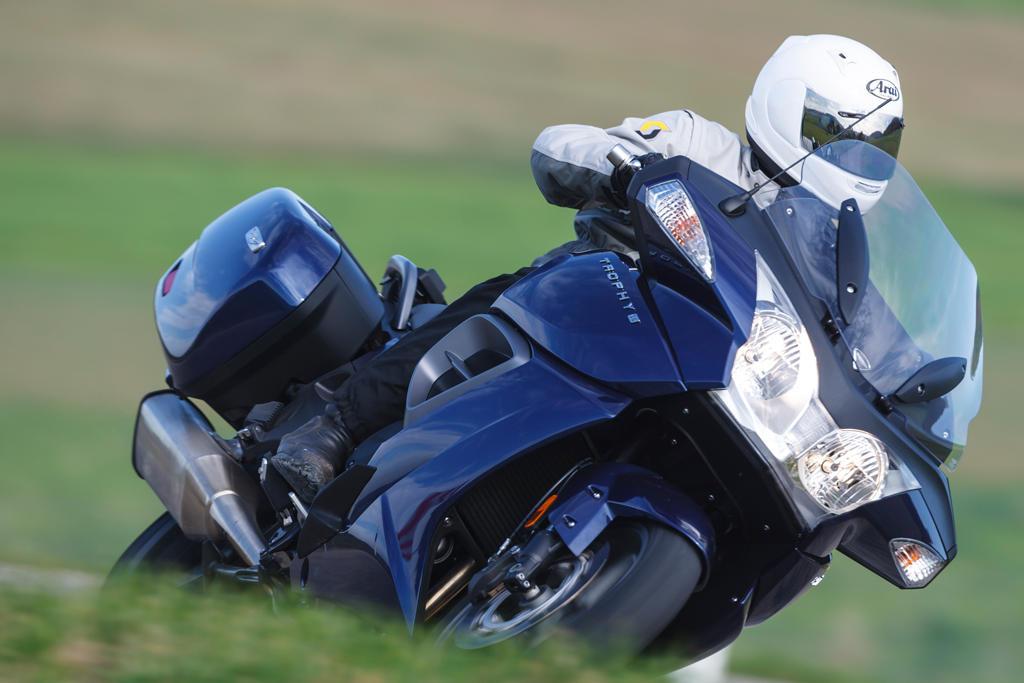 Triumph Trophy SE супер мотоцикл