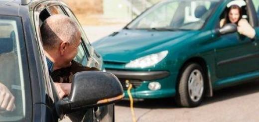 Буксировка автомобиля на гибкой и жесткой сцепке. Правила буксировки