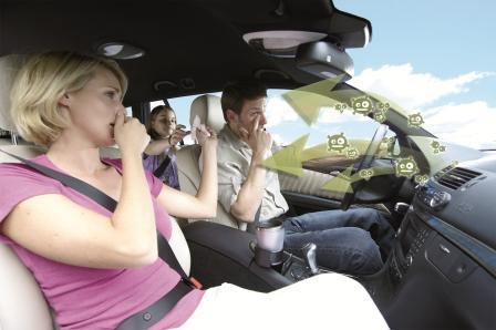 Неприятный запах в салоне автомобиля: причины и способы устранения