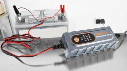 Как выбрать зарядное устройство для автомобильного аккумулятора? Типы