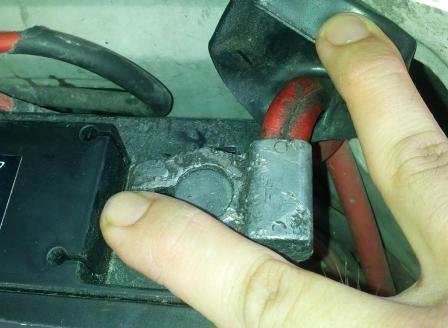 Аккумулятор автомобиля не заряжается