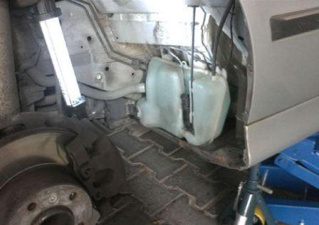 Замена насоса омывателя лобового стекла авто