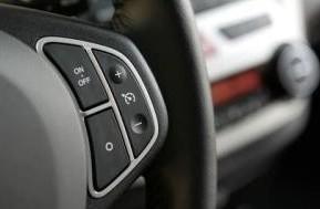 Круиз контроль в авто