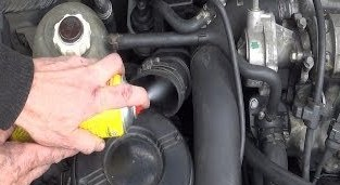 Очищаем автомобильный кондиционер собственными силами